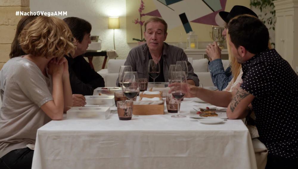 Nacho García Vega, junto a sus compañeros de A mi manera