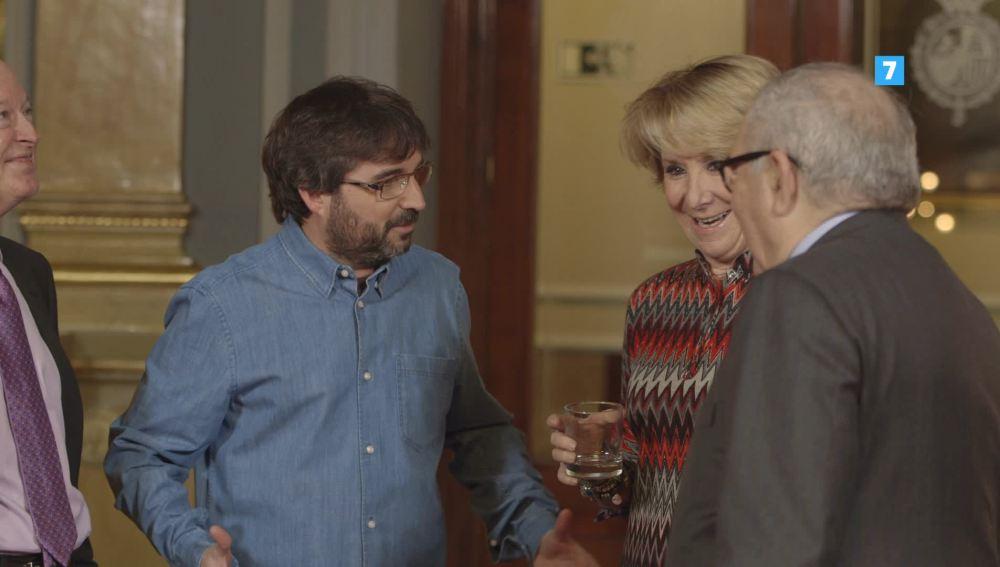 Esperanza Aguirre, junto a Jordi Évole, en Salvados