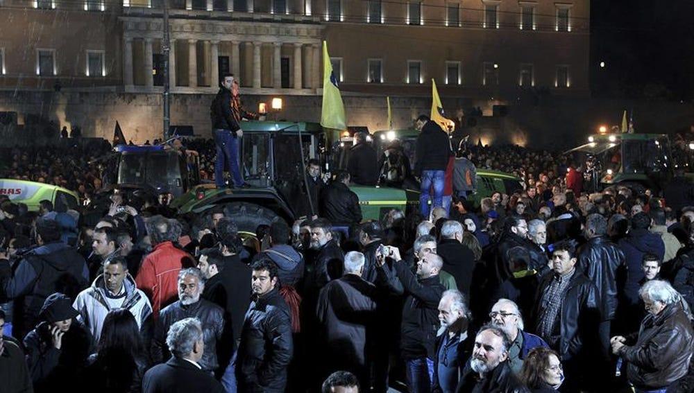 Protesta en Atenas contra la reforma de las pensiones