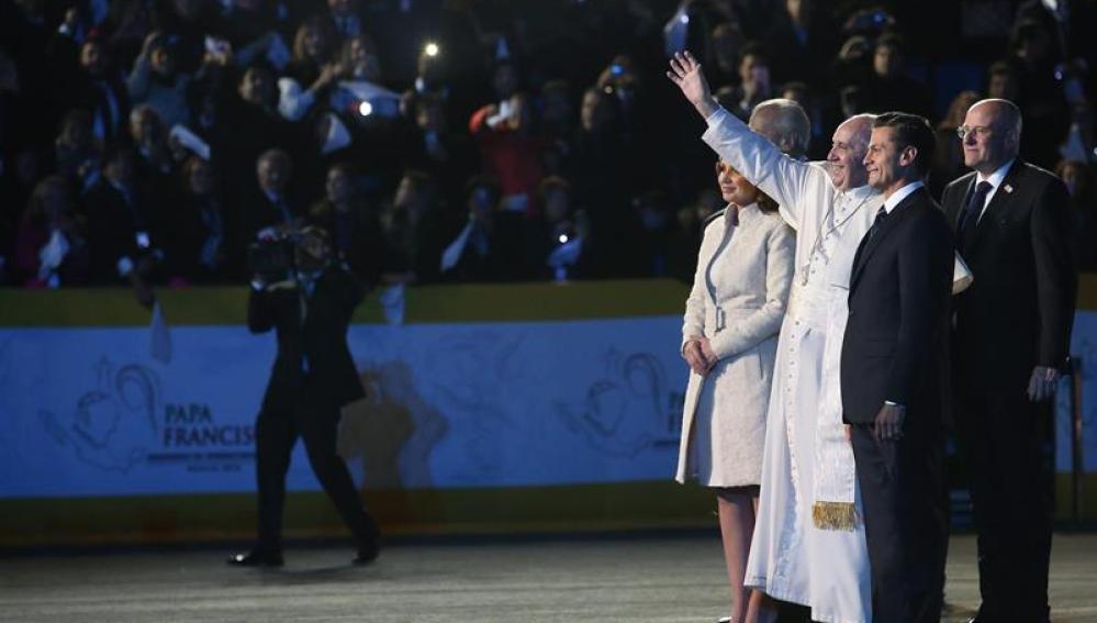 El papa Francisco a su llegada a México