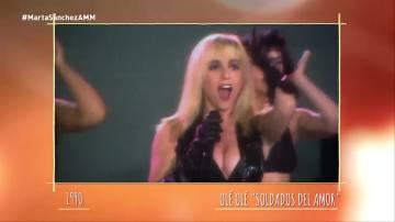 Marta Sánchez canta 'Soldados del amor'