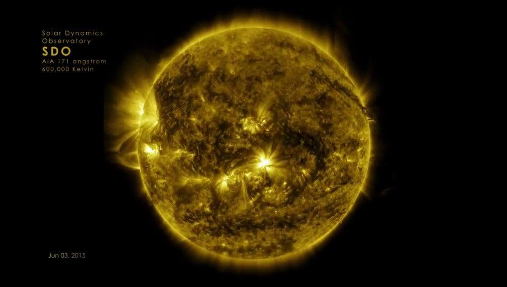 Fotograma del vídeo de la nasa sobre el sol