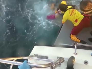 El rescate de un naufragio masivo