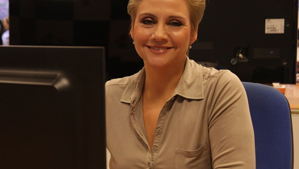 Gloria Serra durante el encuentro digital
