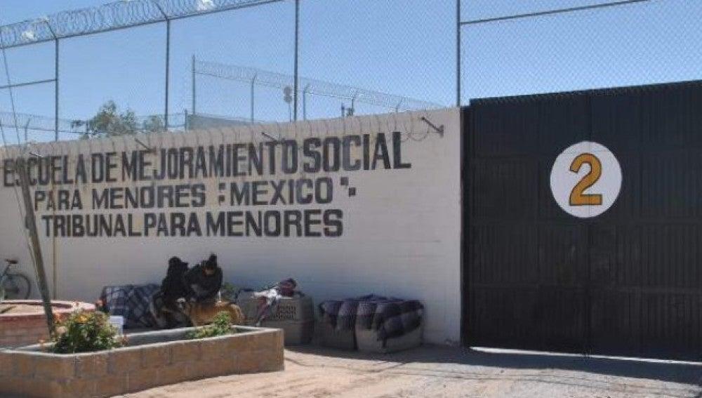 Escuela de mejoramiento social de México