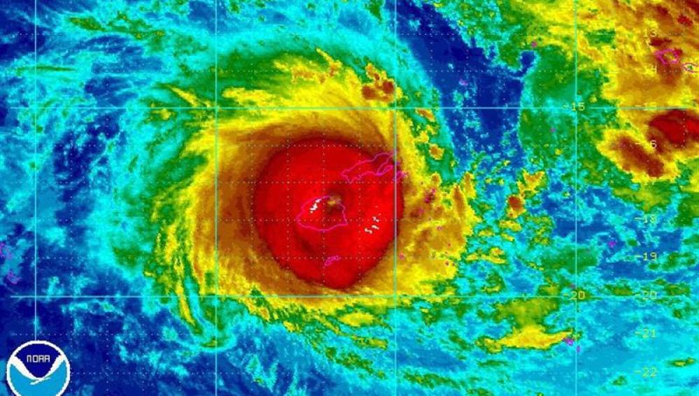 Imagen del ciclón que pasa por Fiyi