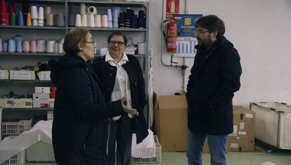María Graña, expropietaria de un taller textil y Pilar Rodríguez, exsocia de una cooperativa textil