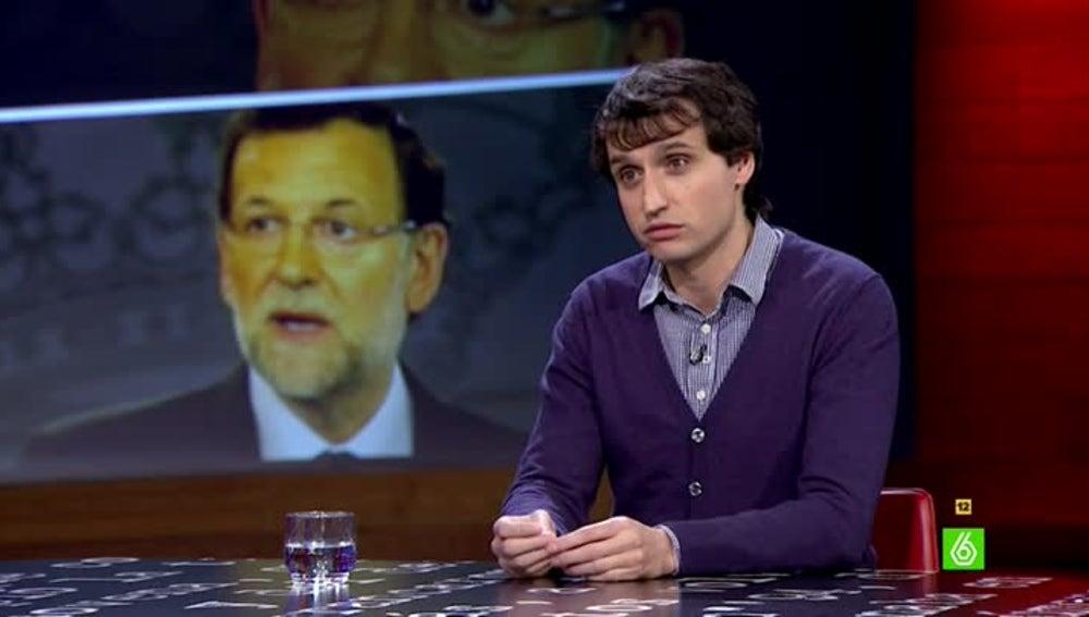 Lluís Orriols vista el plató de El Intermedio