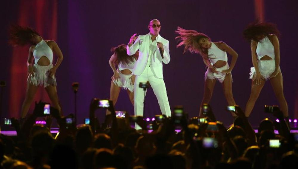 Pitbull, durante un concierto