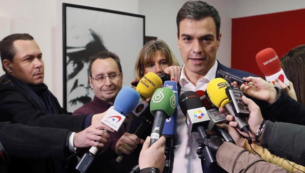 """Pedro Sánchez, sobre la consulta del pacto con Ciudadanos: """"Animo a votar con orgullo un pacto coherente con los principios del PSOE"""""""