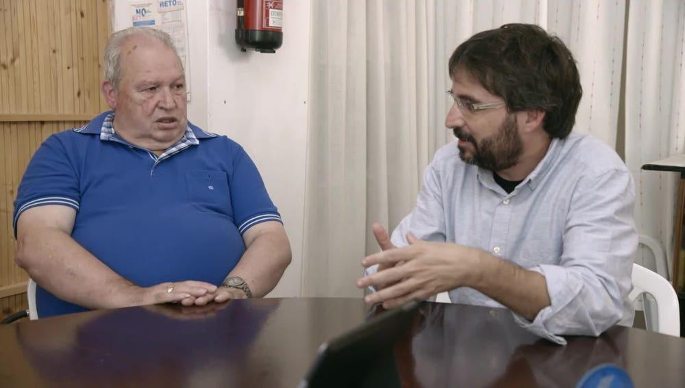 Jordi Évole, junto a extrabajadores de astilleros gallegos