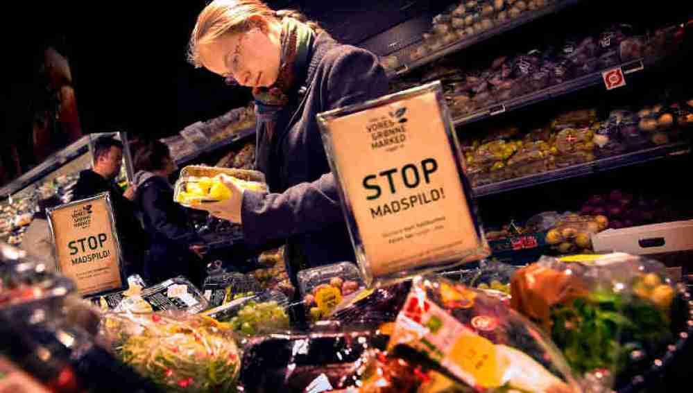 Interior del supermercado WeFood, situado en Copenhague
