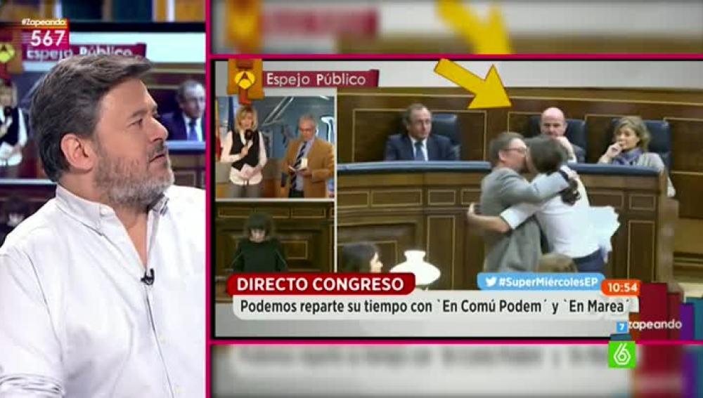 Miki Nadal comenta el beso de Podemos