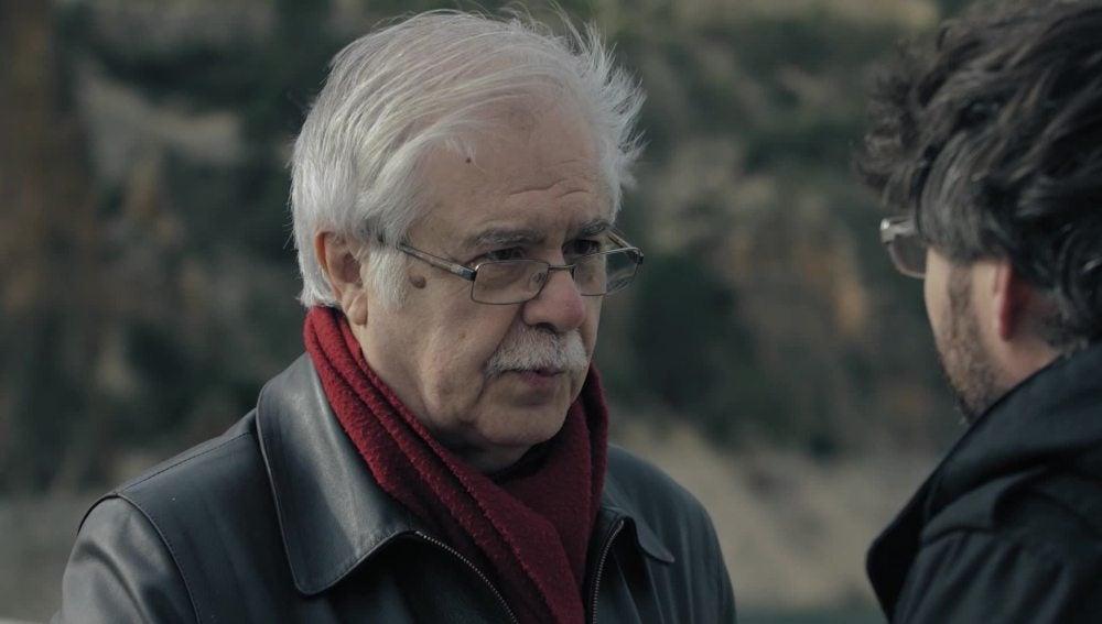 El historiador Antonio Martínez Ovejero, junto a Jordi Évole