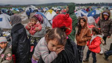 Refugiados en la frontera griega