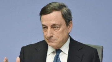 Mario Draghi no convence pese a la barra libre de crédito a los bancos europeos