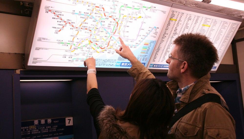 Los mapas de metro son tan incomprensibles que parecen estar en otro idioma