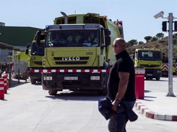 El personal de limpieza de Málaga volviendo al trabajo