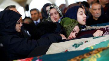 Funeral por las víctimas en Ankara