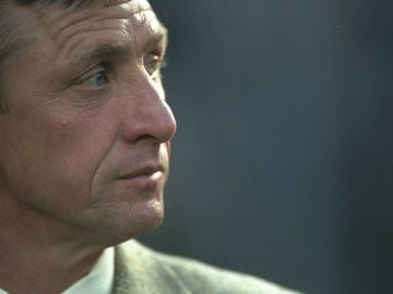 Johan Cruyff, leyenda del FC Barcelona y el fútbol mundial