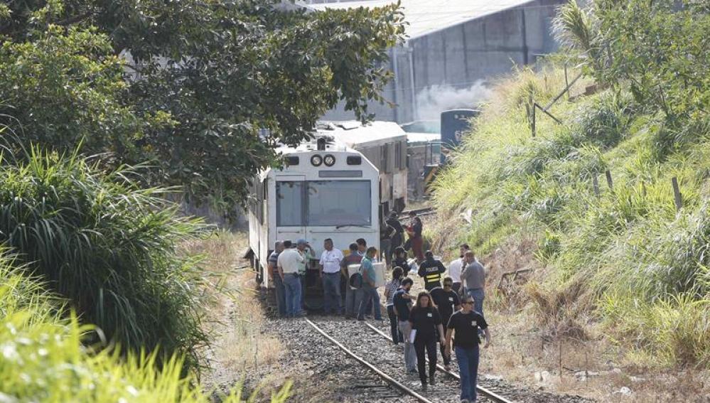 245 personas atendidas tras el choque frontal de dos trenes en Costa Rica