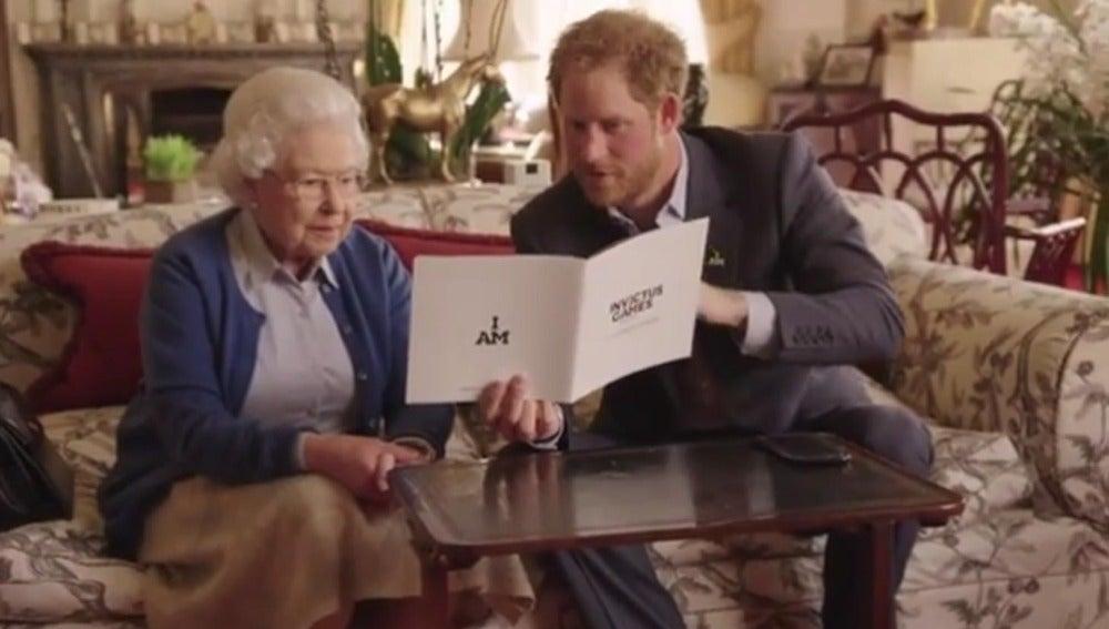 La realeza británica contesta al desafío de los Obama