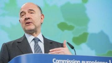 Pierre Moscovici,en una rueda de prensa
