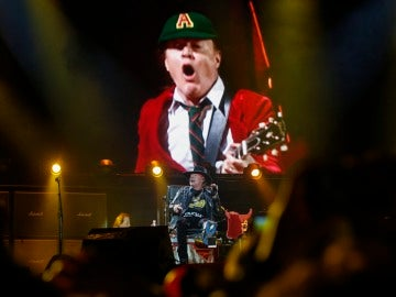 Axl Rose en su debut con AC/DC