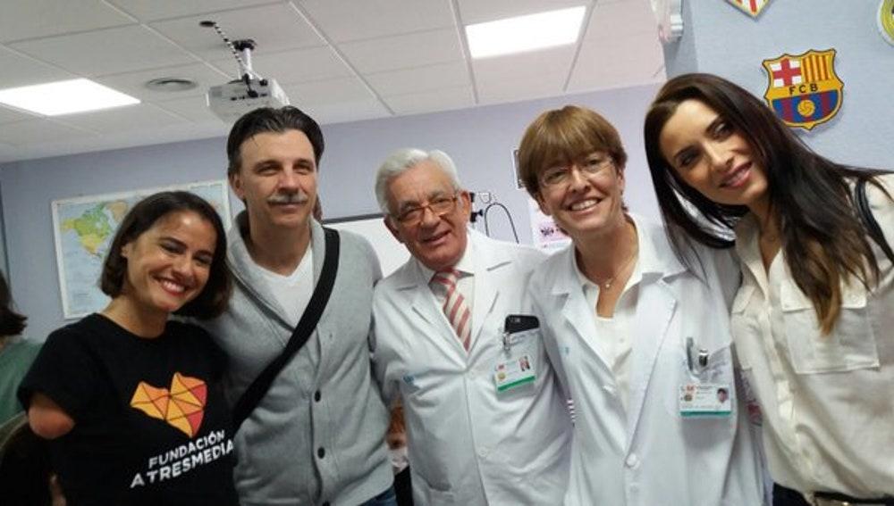 Pilar Rubio y Armando del Río, en el Día del Niño Hospitalizado