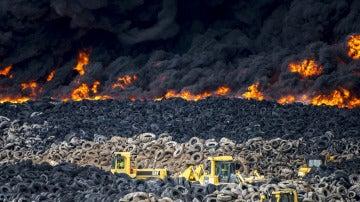 Incendio del cementerio de neumáticos de Seseña