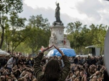Los indignados franceses se unen a la conmemoración del 15M