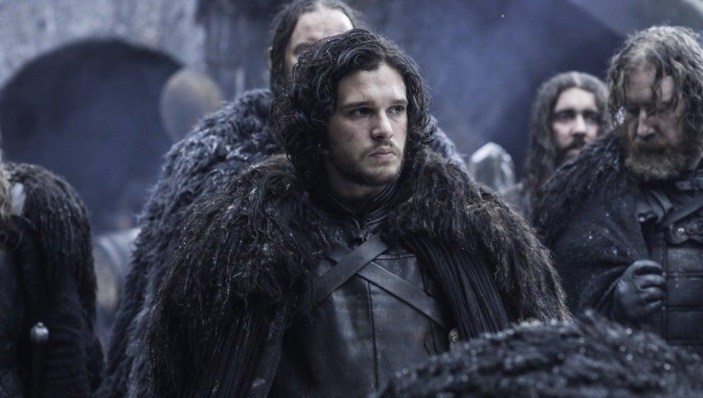 Jon Snow junto a otros miembros de la Guardia de la Noche