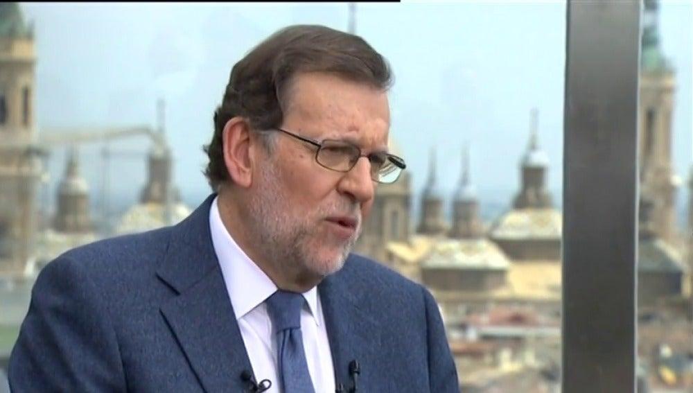 """Frame 0.451655 de: Rajoy: """"Estoy harto de la corrupción, como cualquier persona cabal"""""""