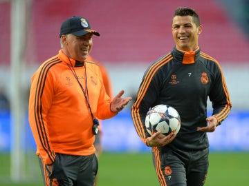 Ancelotti, junto a Cristiano Ronaldo
