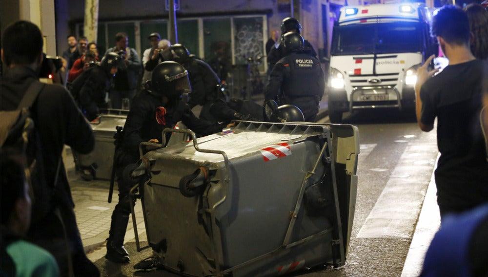 Nueva noche de disturbios en Gràcia
