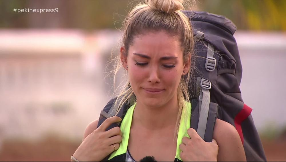 Priscila rompe a llorar