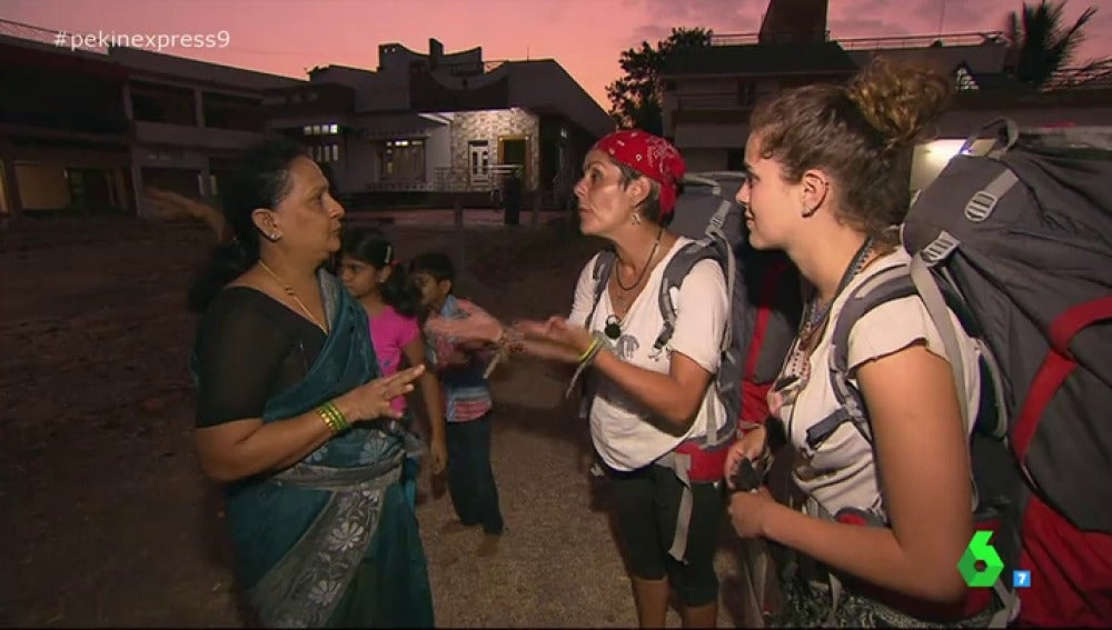"Frame 22.118508 de: Cristina Pedroche: ""Creo que no hay peor castigo para Sonia e Ylenia que verse en sus casas diciendo lo que dijeron"""