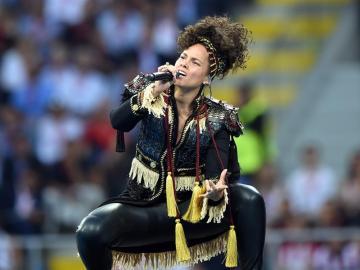 Alicia Keys en la final de la Champions