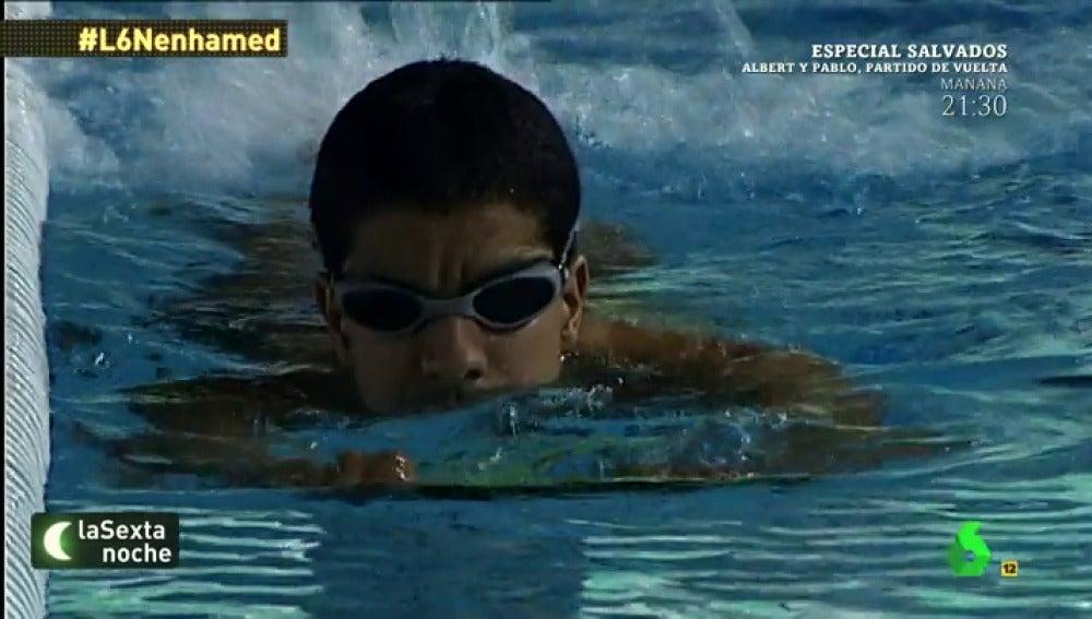 Enhamed, nadador