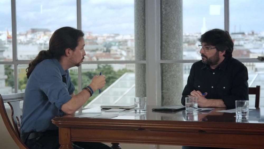 Pablo Iglesias, junto a Jordi Évole