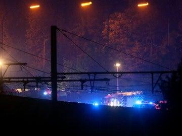 Vista de la operación rescate tras el choque de dos trenes en Lieja