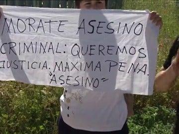 Frame 0.761951 de: Tensión ante la llegada de Sergio Morate a los juzgados de Cuenca para ser juzgado por el asesinato de Laura y Marina