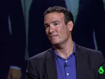 Raphael Minder, corresponsal de The New York Times