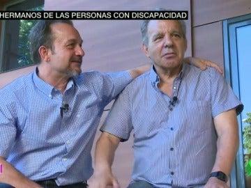 Frame 53.074428 de: HERMANOS PERSONAS CON DISCAPACIDAD