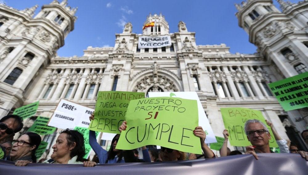 Protesta ante el Ayuntamiento de Madrid