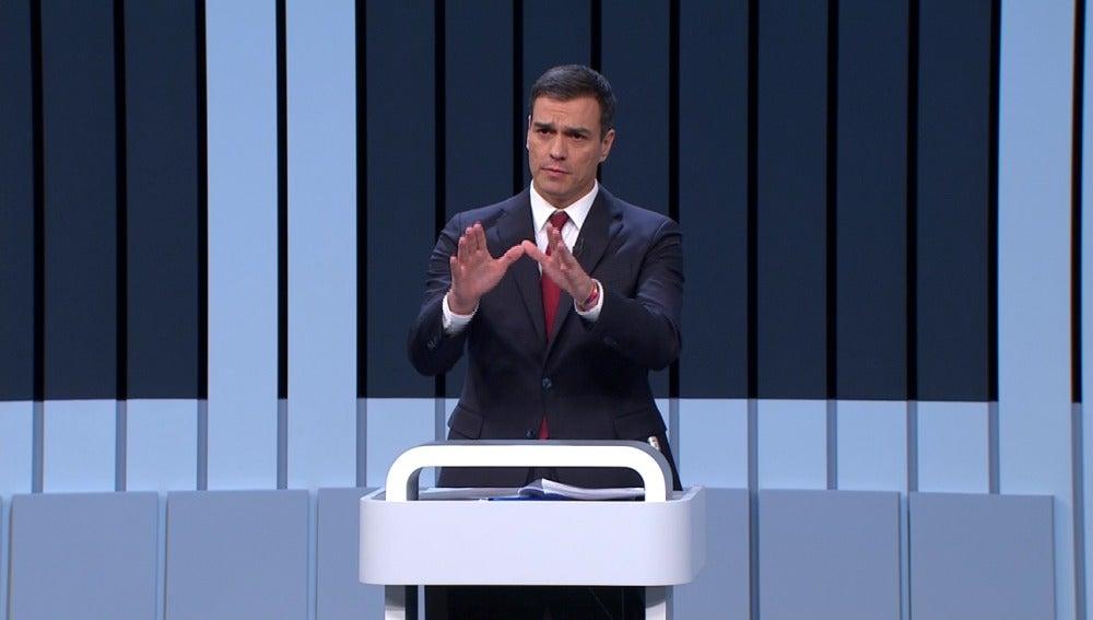 Pedro Sánchez durante el debate 13J