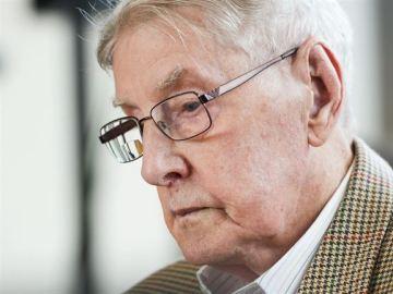 Cinco años de cárcel para un exguardia de Auschwitz por su complicidad en el exterminio de 170.000 personas