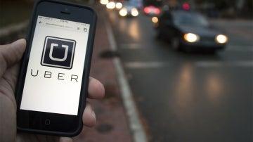 Prohibir apps como Uber le costarían a España 324 millones al año, según la CNMC