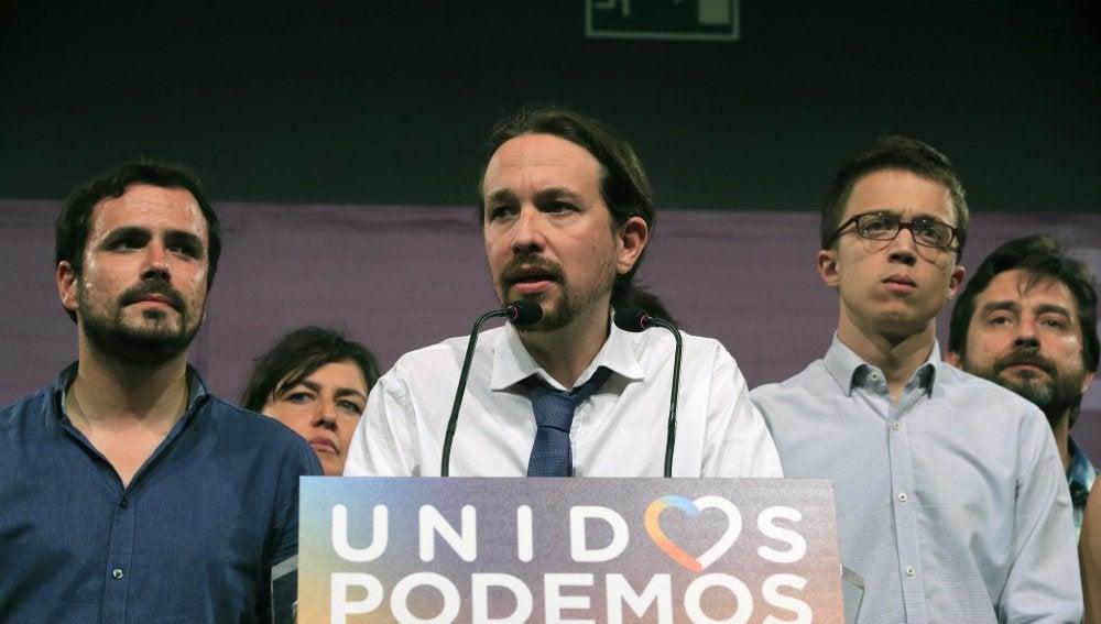 Pablo Iglesias junto a Garzón y Errejón