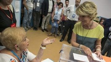 """Aguirre anima a votar en el 26J """"pensando en lo mejor"""" para España"""